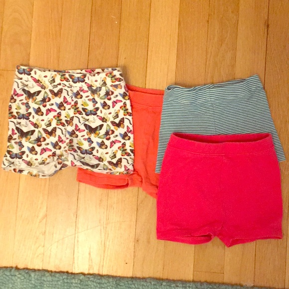 GAP Other - Bundle of 2T shorts